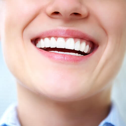 Image of a woman with a beautiful smile